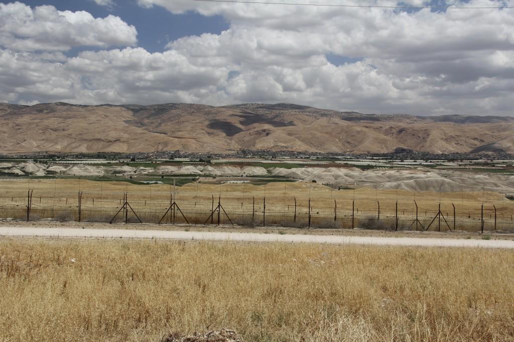 De overkant (van de Jordaanvallei)